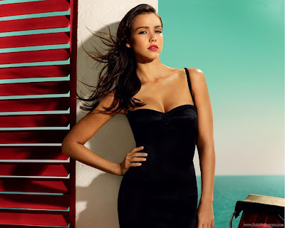 Hollywood Actress Jessica Alba Wallpaper