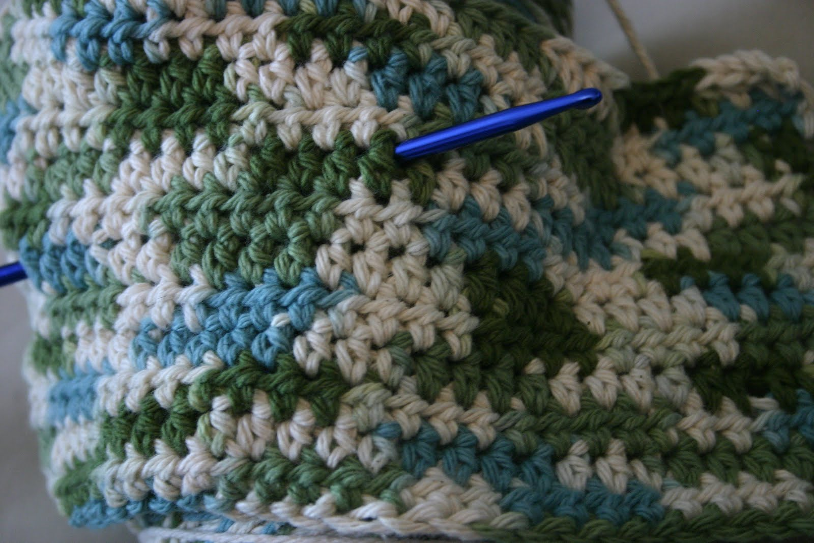 Jessica Snell\'s blog: Knit and Crochet Works-in-Progress