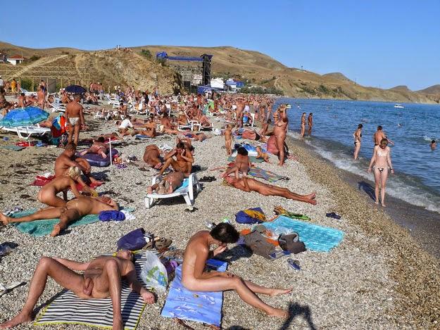 Нудистский пляж мировое видео вблизи