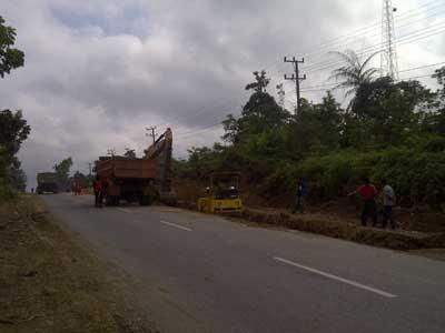 Jelang Lebaran, Perbaikan Jalan Lintas Merangin Dikebut