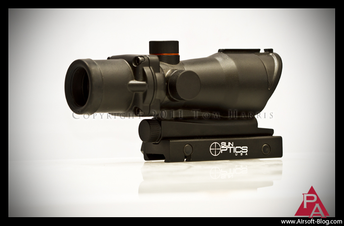 Sun Optics, ACOG-style red dot sight, green dot sight, illuminated reticle, Airsoft AEG Rifle Optics, Airsoft weapon-mounted optics, Pyramyd Airsoft Blog, Tom Harris Media,
