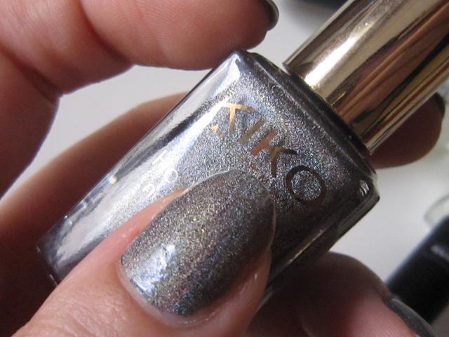 Lavish oriental kiko vernis holographique gris