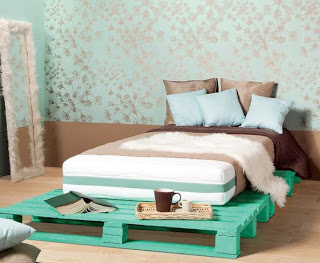 It 39 s designy reciclarte decorando con palets de madera for Cuantos palets necesito para hacer una cama