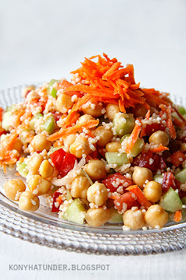 raw_veg_chickpea_salad