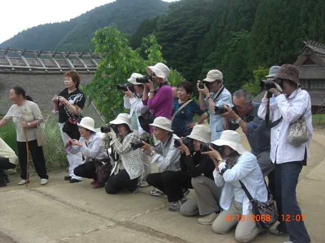 japanese-tourist-taking-pictures-of-our-students-priceless1.jpg