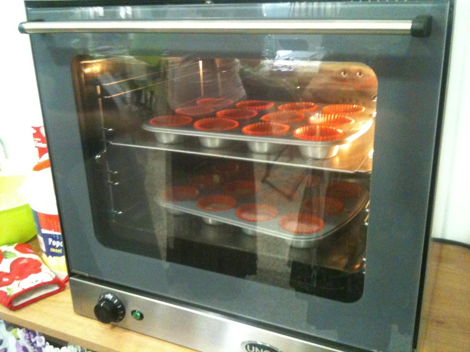 No todo es cocinar receta cupcakes 41 cumplea os for Cocinar 180 grados