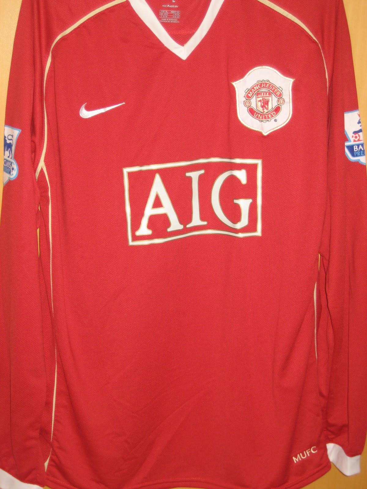 O Futebol Inglês Veste a Camisa - Manchester United 8d6a0dedabd35