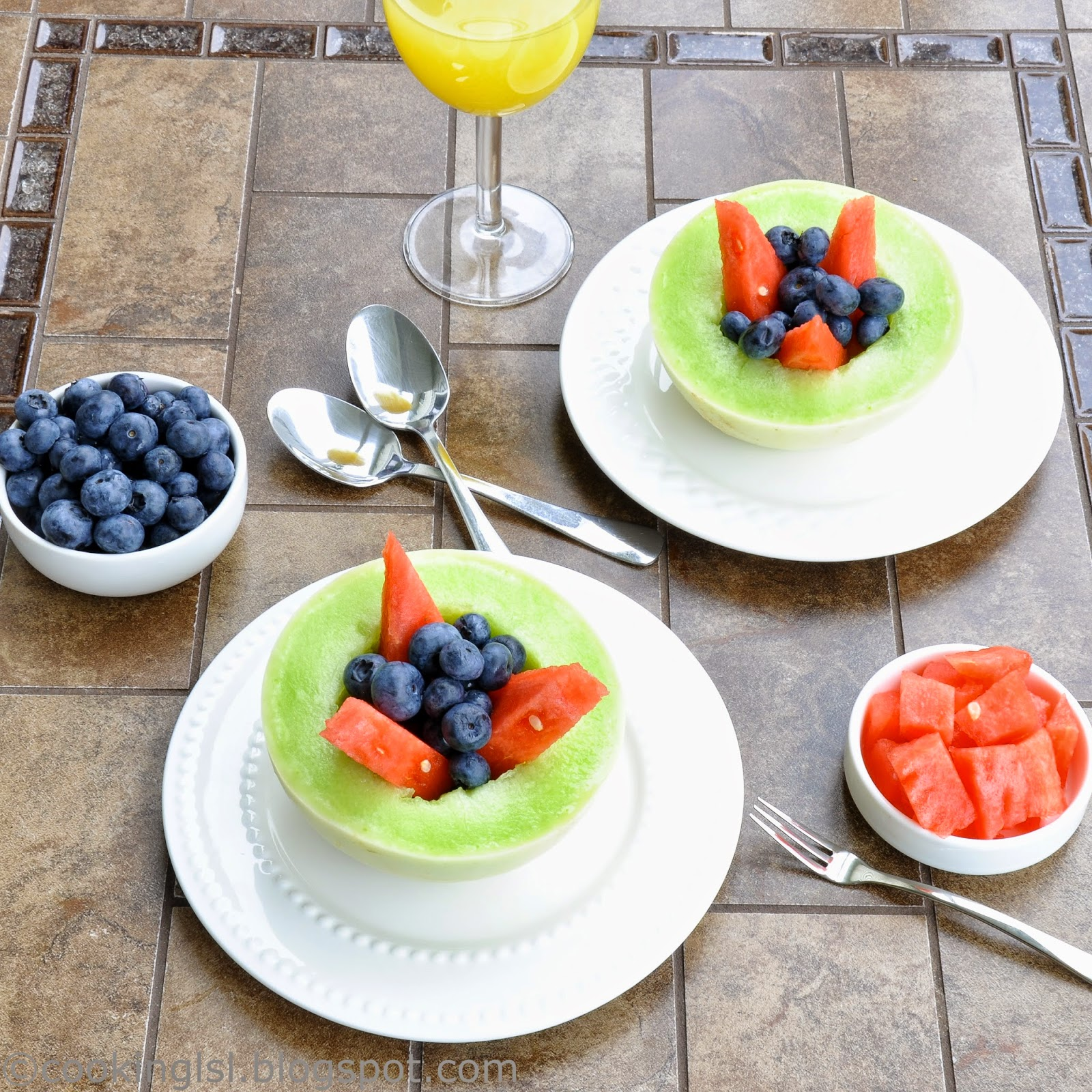 Easy-Honeydew-Dew-Melon-Fruit-Salad-Watermelon-Blueberries-Refreshing-Summer