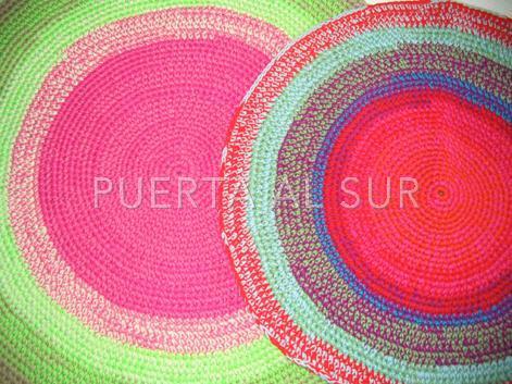 Puerta al sur alfombras tejidas a crochet dando color - Alfombras de colores ...
