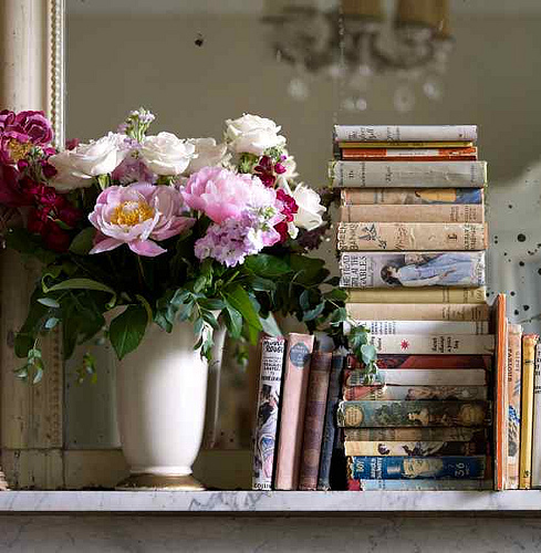 Lias Inspirations Flowers And Books