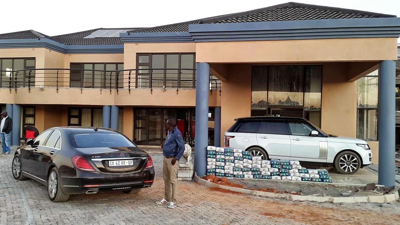 Patrice motsepe cars genius kadungure pioneer gases for Car house