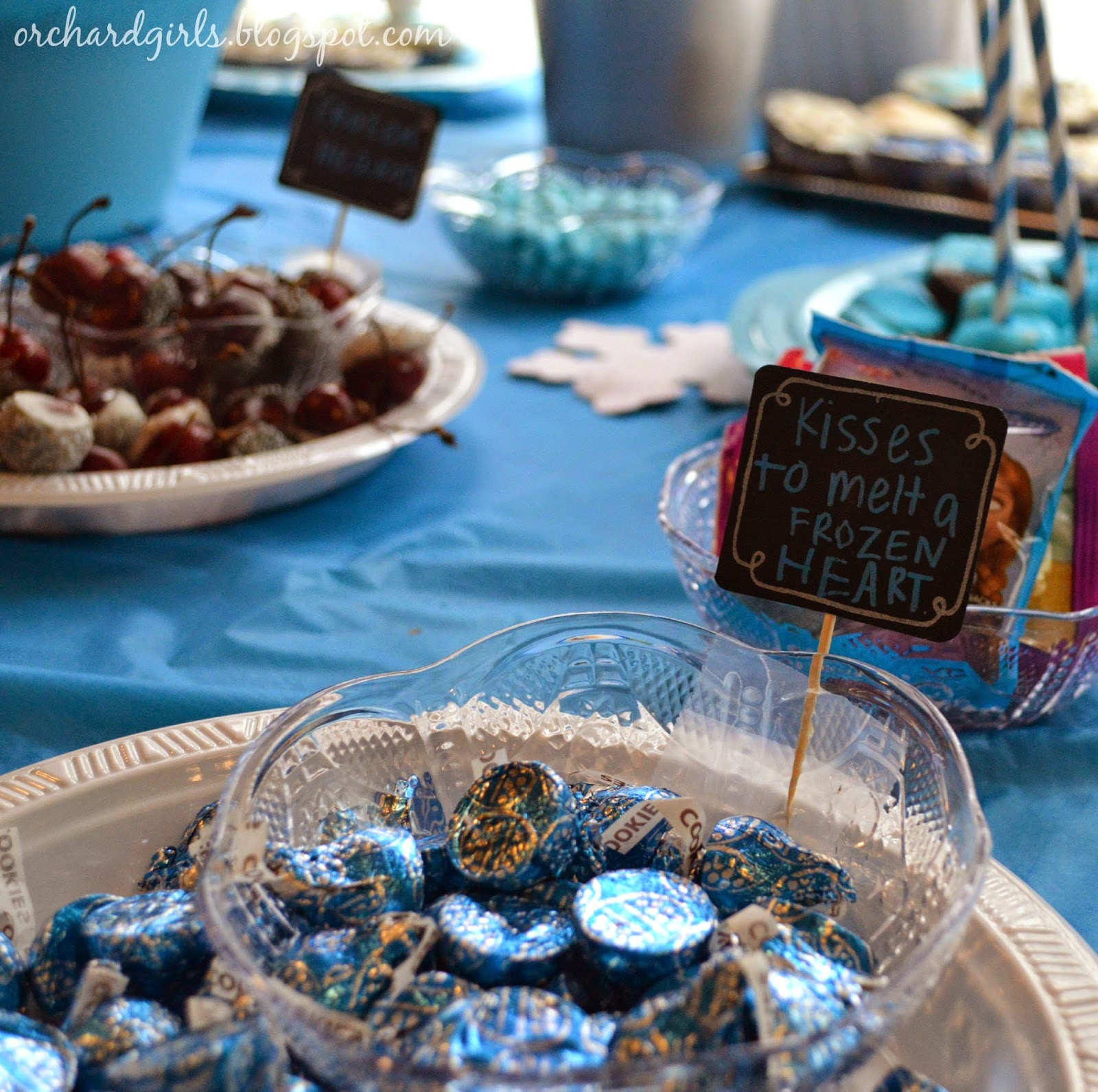 FROZEN Birthday Party FREEBIES + Ideas/Inspiration