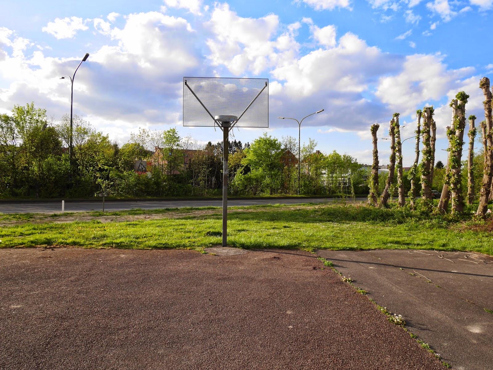 Crossket-ball