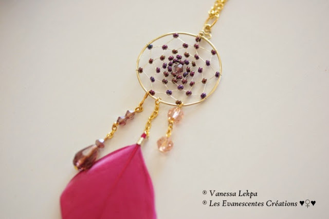 bijou collier sautoir attrape rêves dreamcatcher plume rose violet fait main traditionnel et de qualité