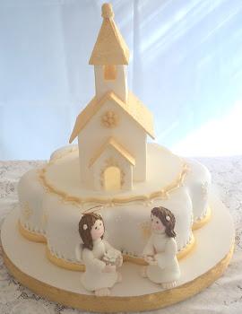 tortas de comunion con capilla