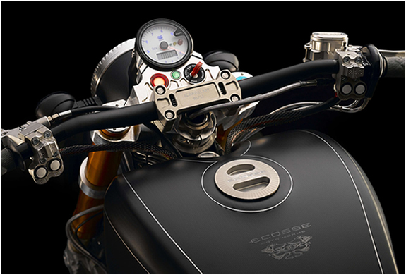 hydro-carbons.blogspot.com ICONOCLAST-MOTORCYCLE -BY-ECOSSE-MOTO-WORKS-INC-Handcrafted-custom-motorcycle-very-rare-motorcycles