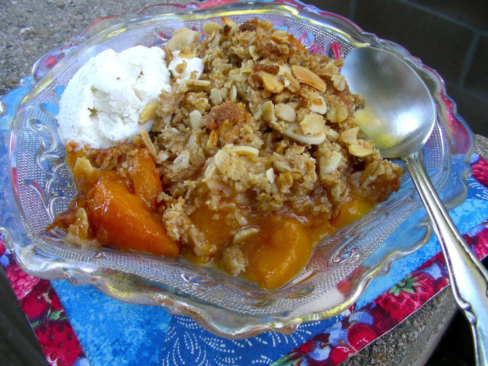 Susan Can Cook: Random Food Fridays - Gluten Free Peach Crisp