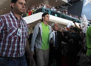 Cristiano fue recibido como un héroe en Portugal