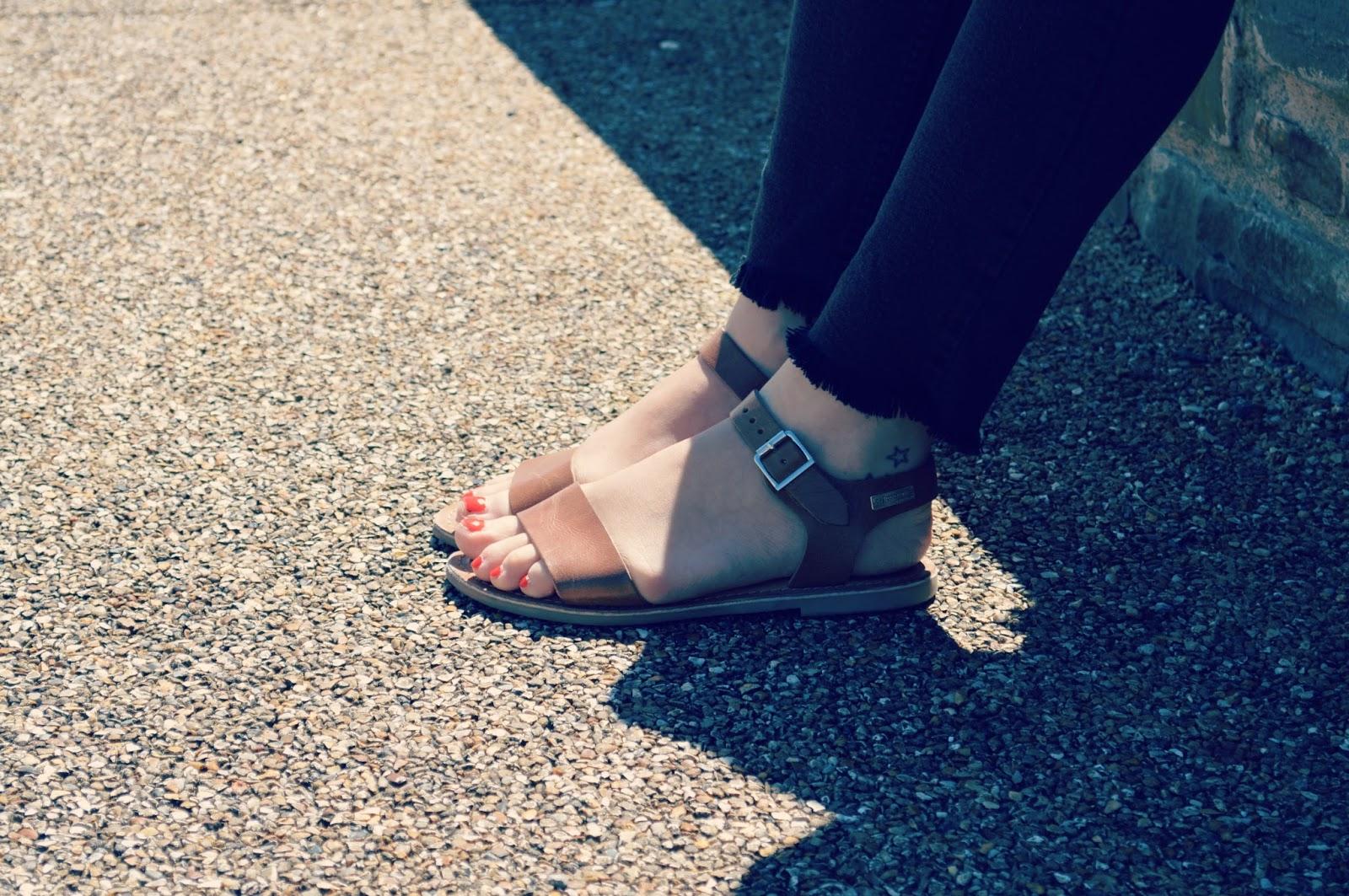 les tropeziennes flat sandals diy raw hem whistles jeans