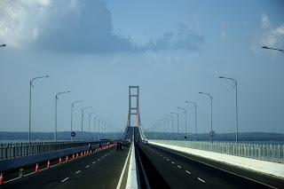 Foto Jembatan Suramadu