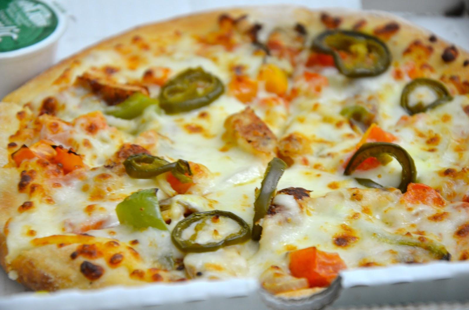 Living To Eat Papa Johns Pizza Dhs 38 Medium Al Ghurair Dubai