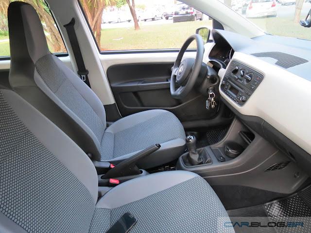 Volkswagen Up! TSI - teste de longa duração  - interior
