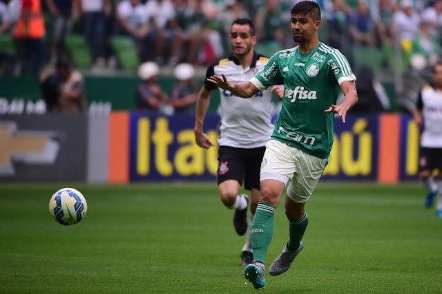 Palmeiras esteve à frente no placar três vezes, mas cedeu o empate (foto: Djalma Vassão/Gazeta Press)