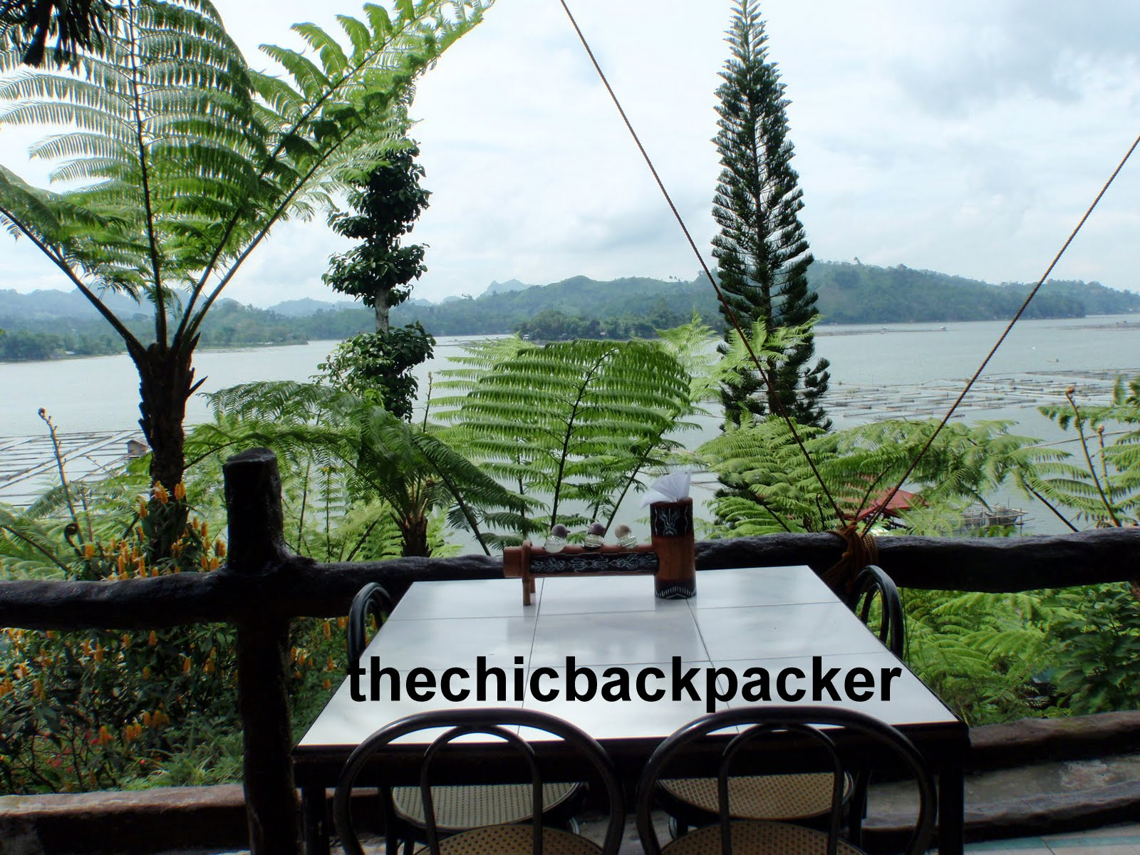 THE CHIC BACKPACKER: March 2012