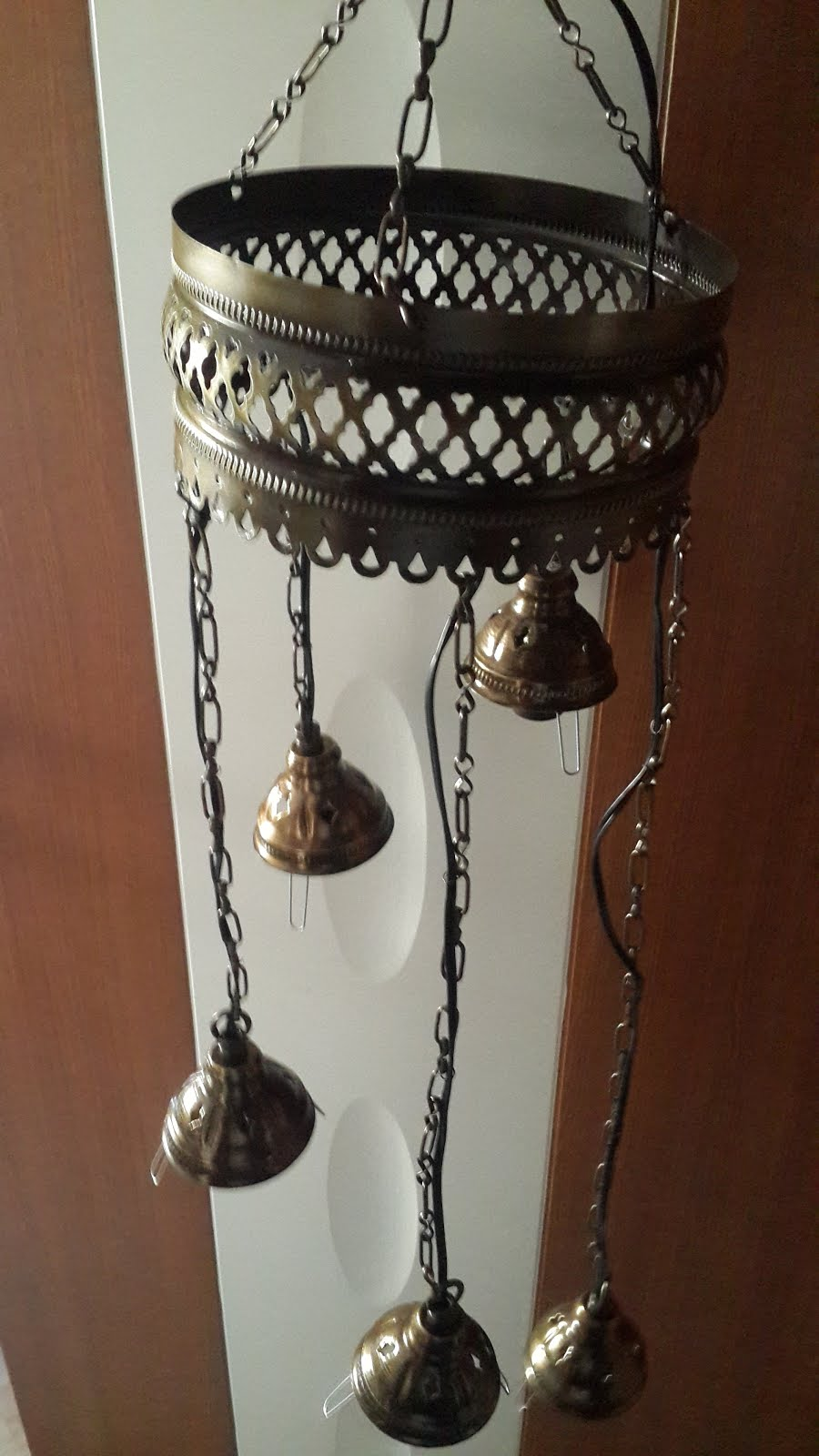 Lamp Bases & Fixtures