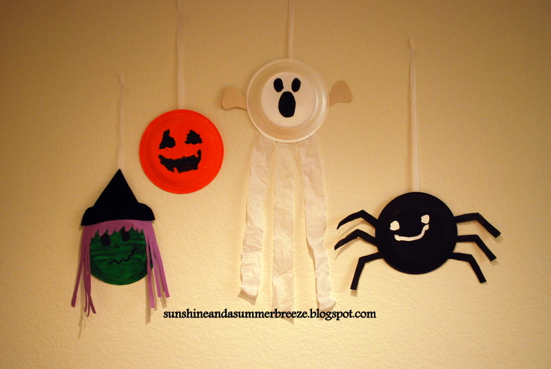 Supplies. any type of paper plate ... & Sunshine and a Summer Breeze: Halloween paper plate craft