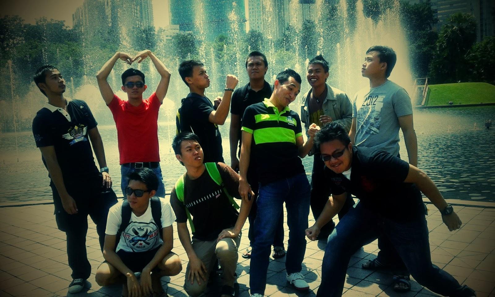 ACO'S GROUP