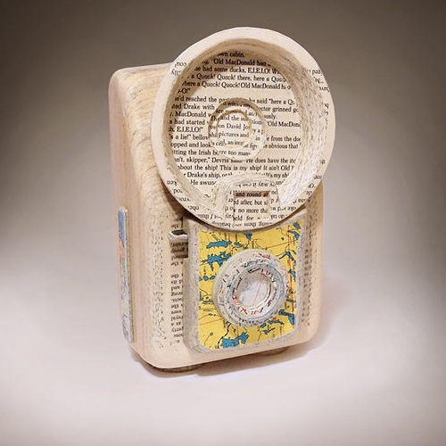 10-Brownie-Starflash-Ching-Ching-Cheng-Vintage-Camera-Sculptures-Made-of-Books-and-Maps-www-designstack-co