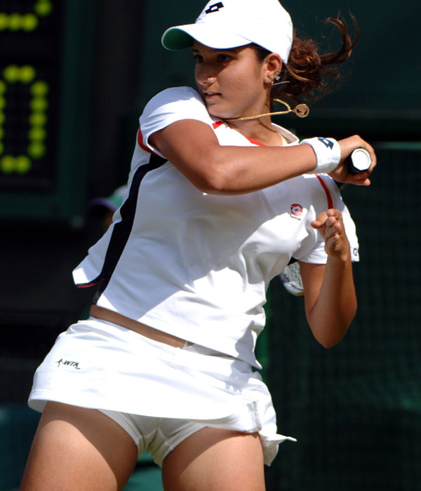 Hot Tennis player Sania Mirza hot photo gallery ~ Bollywoodceleberties: bollywoodceleberties.blogspot.com/2011/11/hot-tennis-player-sania...