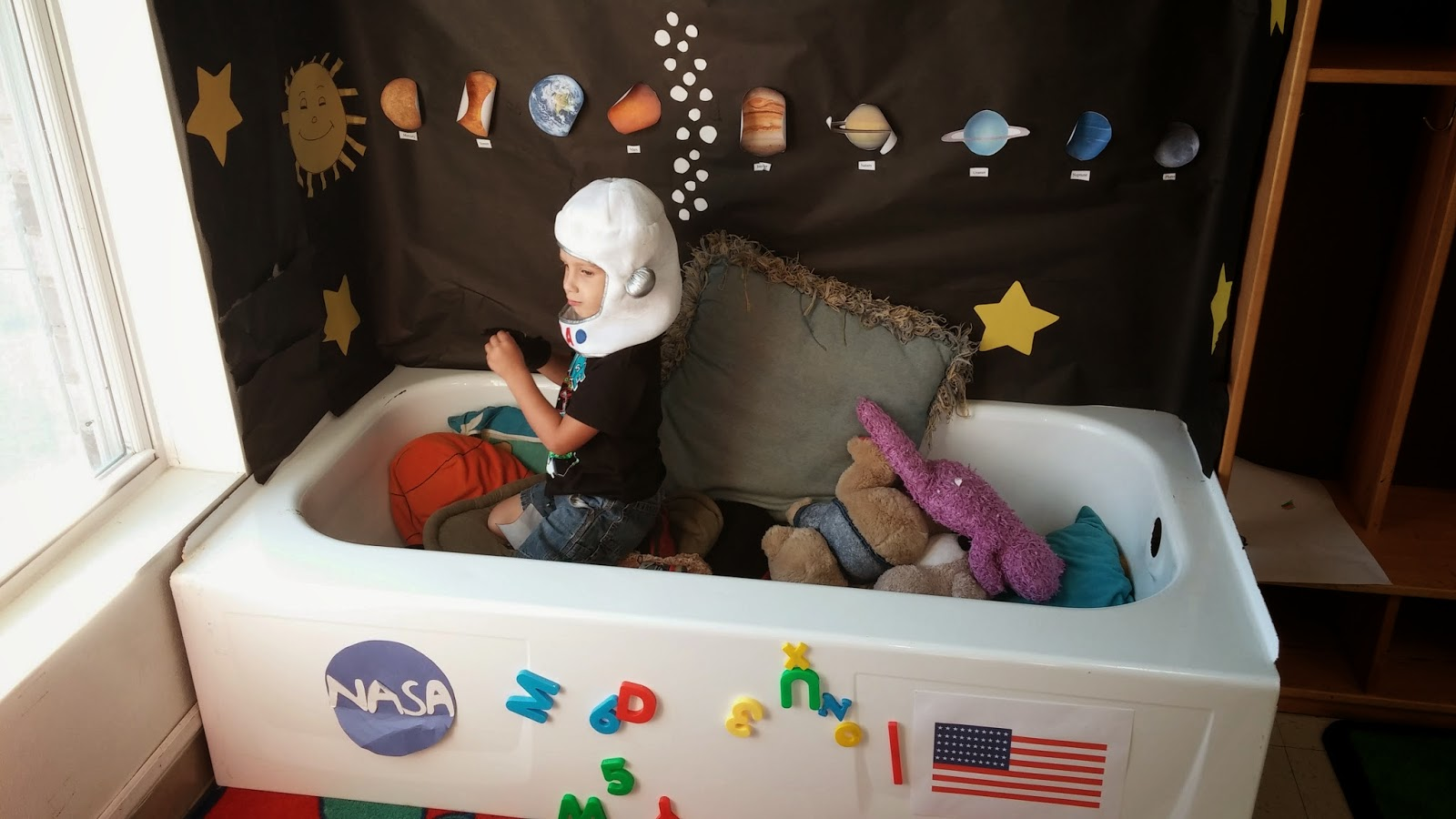 kid's space ship, The Pa-Paw Patch, Vale NC daycare, space preschool theme