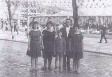 Familia Muñoz Terrero, feria de Sevilla (Prado de San Sebastián) año 1962