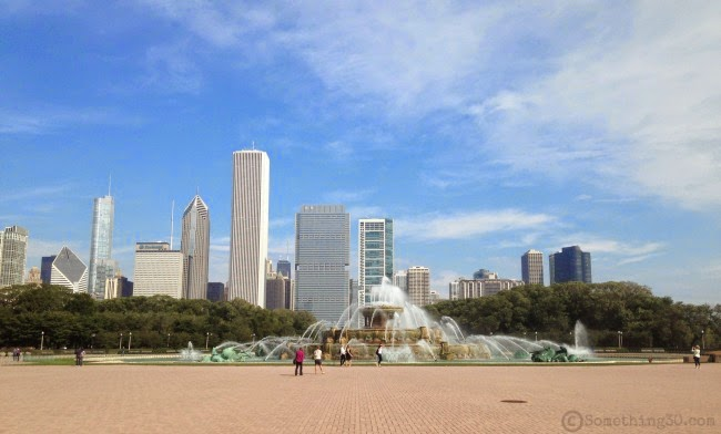Buckingham Fountain in front view of surrounding high rise