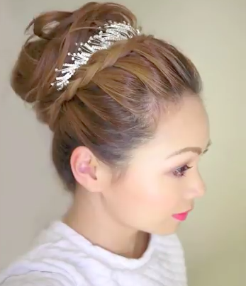 Bridal Up-do Tutorial