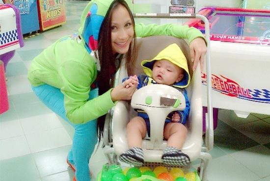 Jue Aziz dan Anak Angkat
