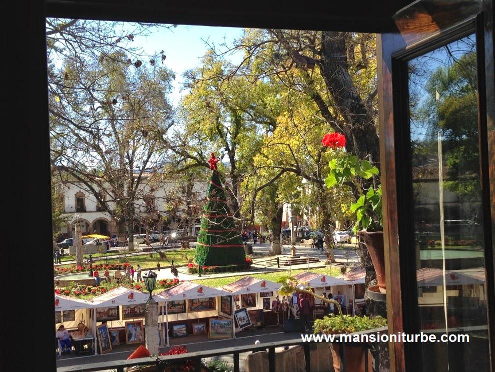 Plaza Vasco de Quiroga desde los Balcones de Hotel Mansión Iturbe