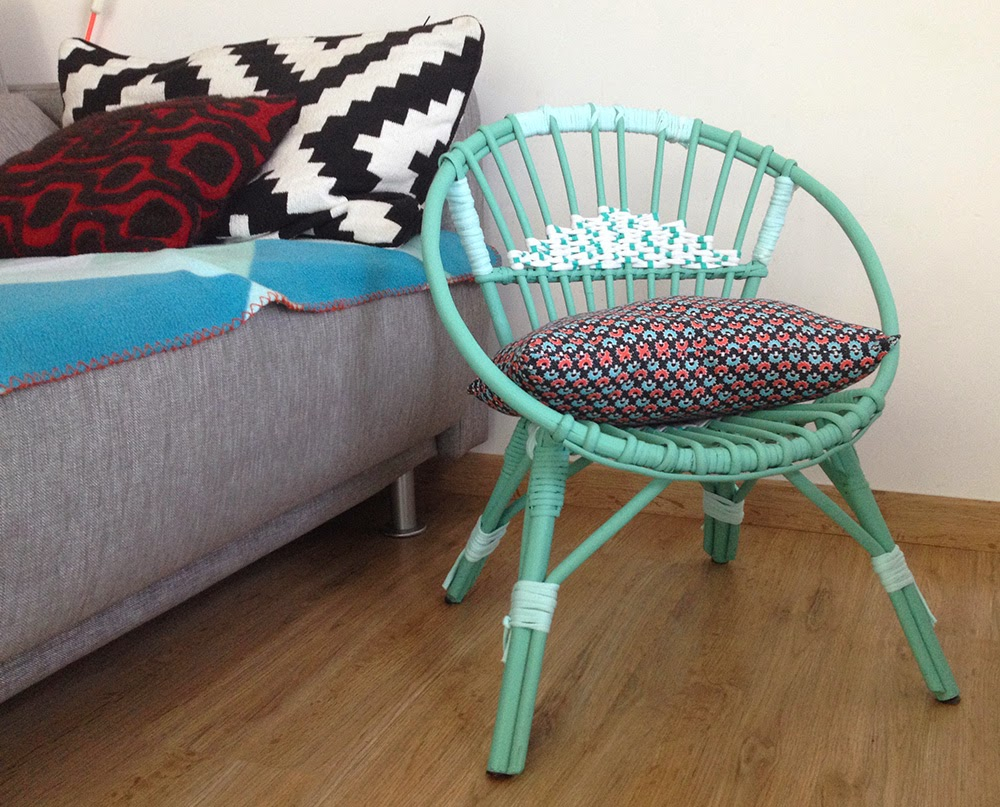 Diy 3 une chaise en rotin knut loulou blog kids enfant for Chaise en tissu colore