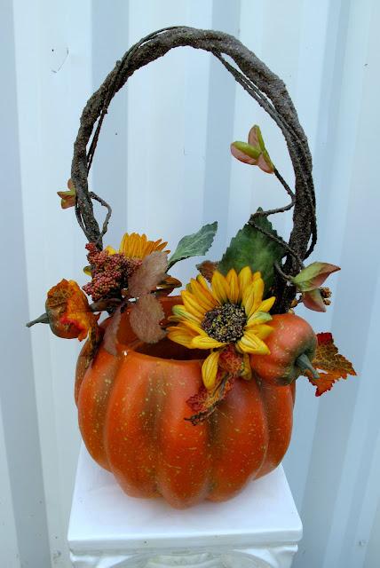 Flower Girl Baskets Canada : Bride in bloom an autumn wedding