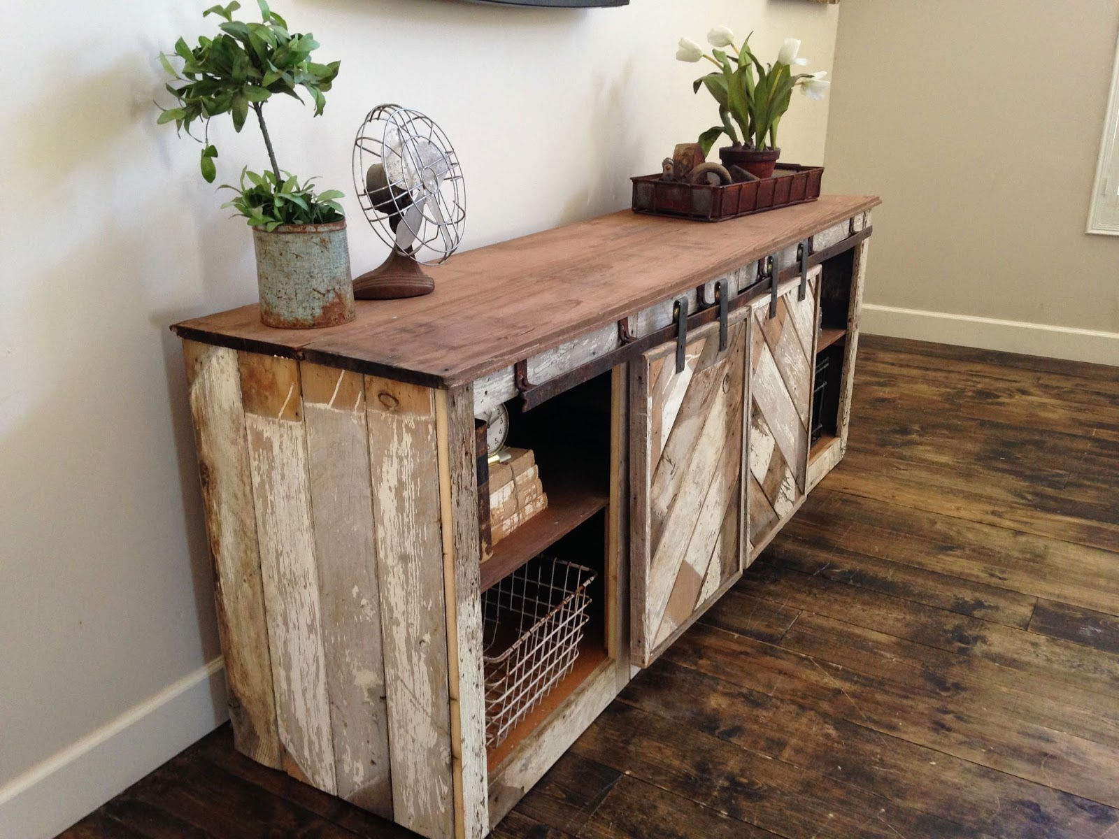 How to make a sofa table from 1 x 6 lumber - Rustic Distressed Barn Door Sliding Console Furniture