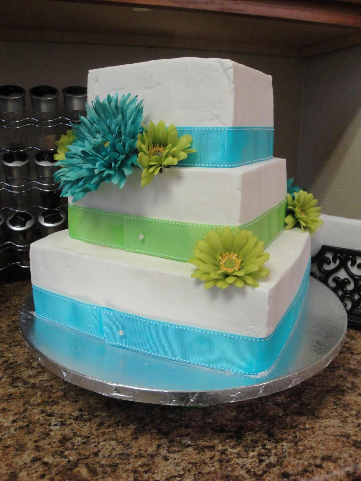 Blue And Green Wedding Cakes & Becuo