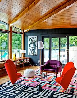 Tapete super moderno com listras coloridas em cores vibrantes
