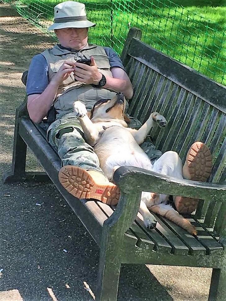 Descansando no jardim...