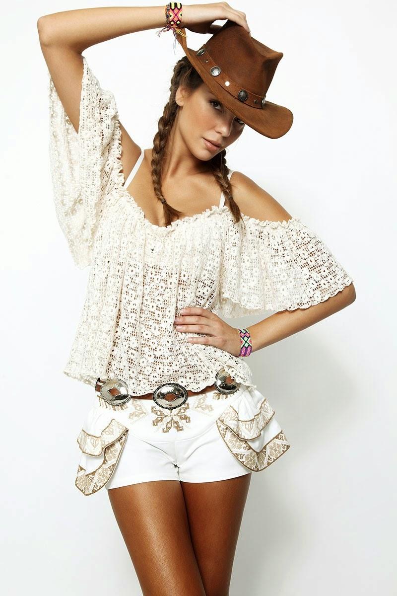 H.Preppy - camisa branca de renda, calções bordados
