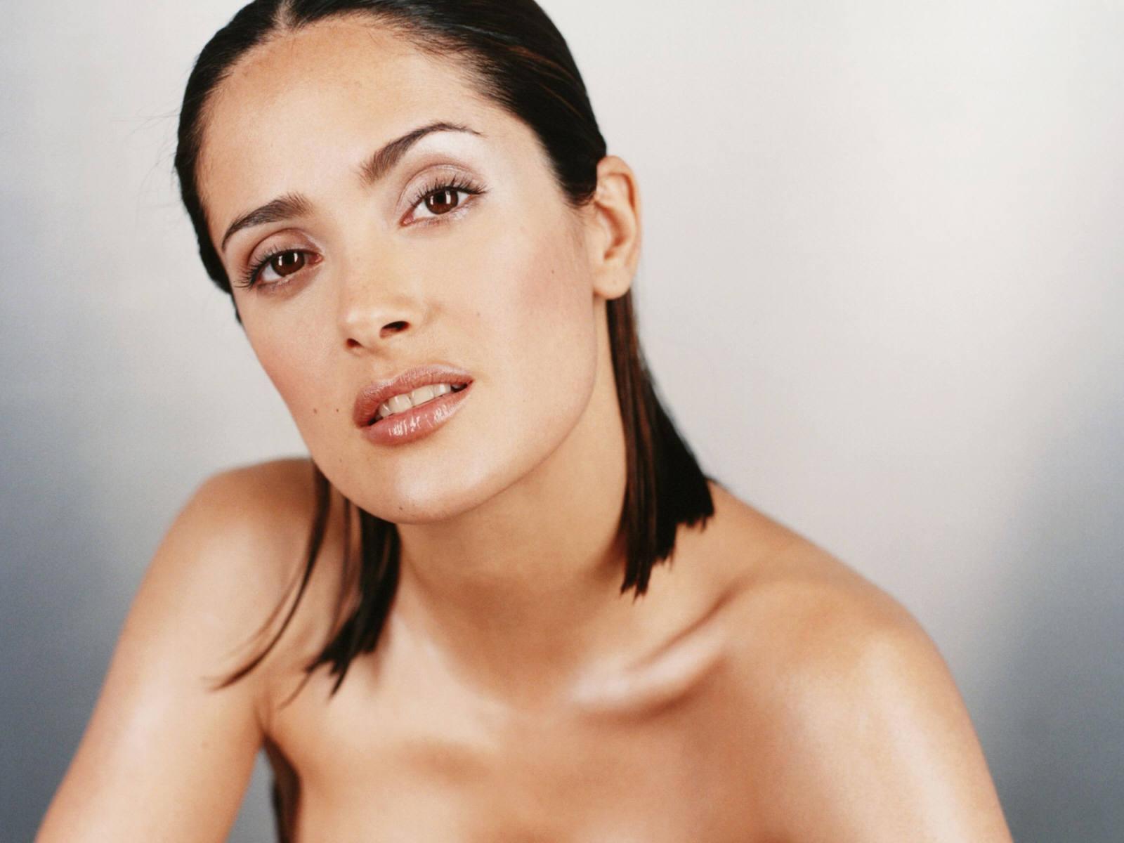 http://3.bp.blogspot.com/-Cr2EeWTlgLE/ThFK6r1ZmRI/AAAAAAAAOzo/ex-LJrqwp1A/s1600/Salma_Hayek-F.jpg