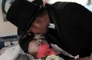 Se casó con el cadáver de su novia Desposado