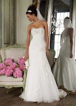 David's Bridal Lace Wedding Dress