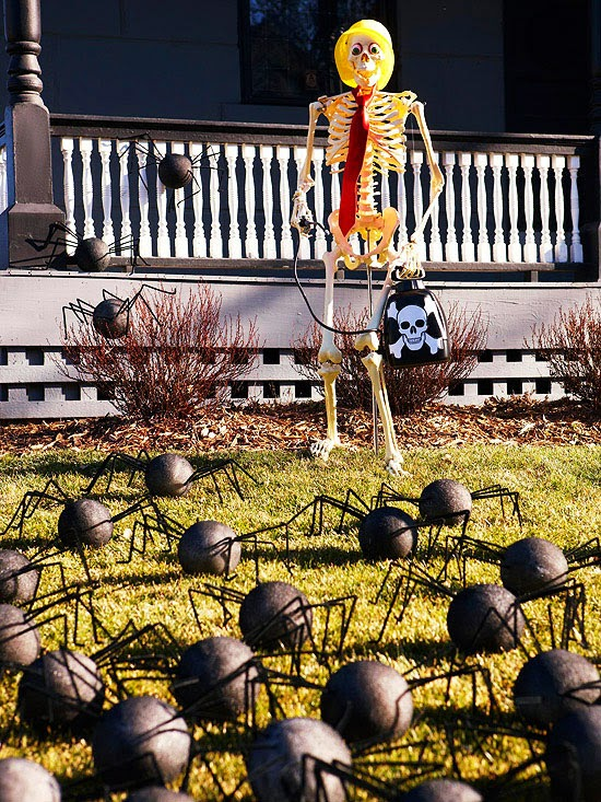 Embrace the spirit of Halloween in your front yard with this spider filled bonanza. Secure a skeleton to the ground with rebar; use monofilament to pose the ... & Modern Furniture: Halloween 2013 Entry Decorations Ideas